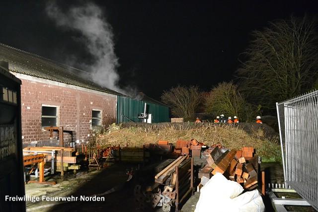 Brand in einer Lagerhalle, 13.12.2013