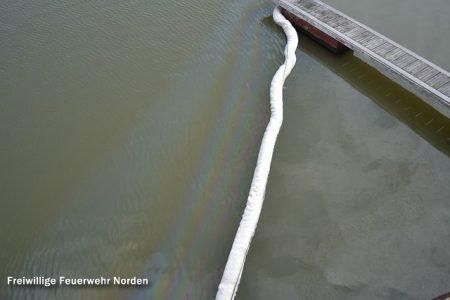 Ölschaden im Norddeicher Hafen, 03.0.2013
