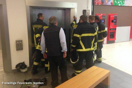 Personen im Fahrstuhl, 28.07.2014