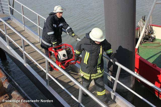 Schiffsbrand, 27.03.2014
